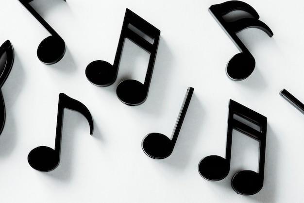 Gros plan de note de musique Photo gratuit