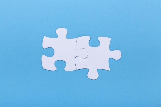 Gros plan, puzzle, bleu, morceau manquant, puzzle Photo Premium
