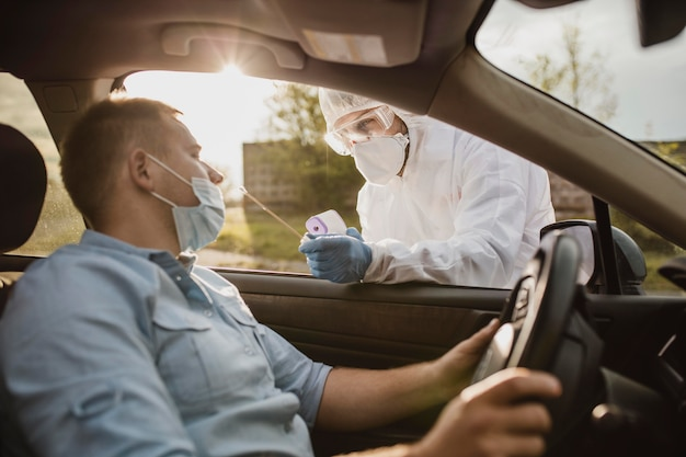 Gros Plan Sur Le Test Du Coronavirus Photo Premium