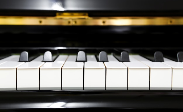 Gros plan des touches de piano Photo gratuit