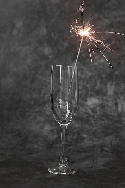 Gros Plan, Verre Champagne, à, Mousseux, Bâton Photo gratuit