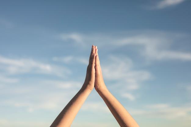 Gros plan, yoga, mains, pose, vue Photo gratuit