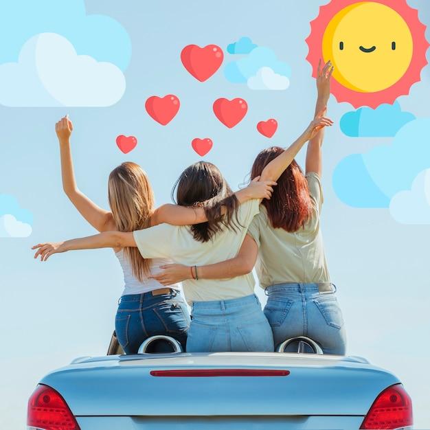 Groupe, amis, debout, voiture, vue arrière Photo gratuit