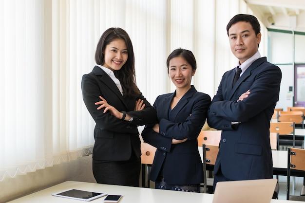 Groupe, homme affaires Photo Premium