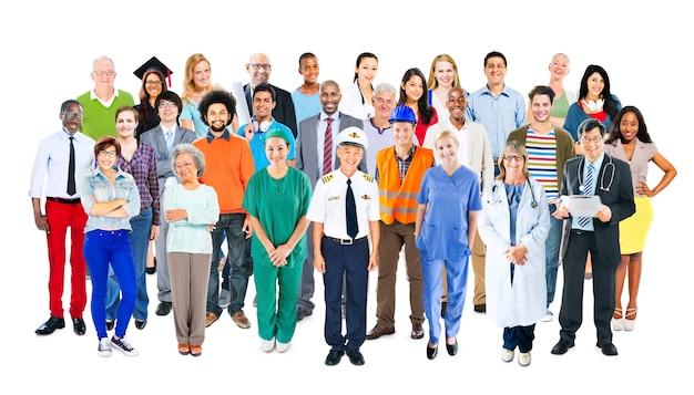 Groupe de personnes multiethniques à professions mixtes diverses Photo Premium