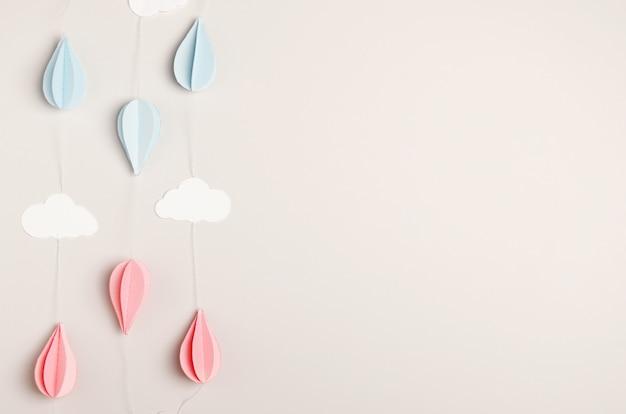 Guirlande de papier beige pour les enfants et les adultes - anniversaire, nouvel an, nouveau-né. Photo Premium