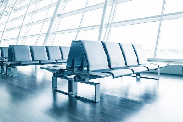 Hall intérieur aéroport vide chaise Photo gratuit