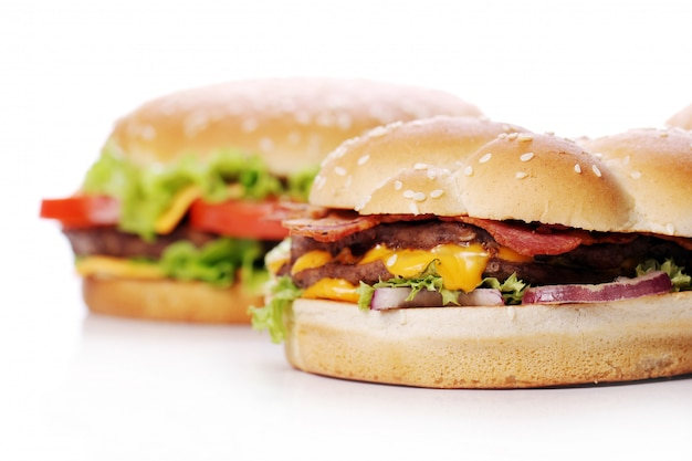Des Hamburgers Gros Et Savoureux Photo gratuit