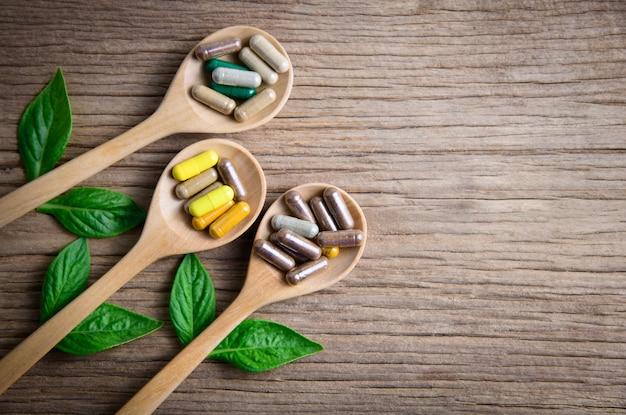 Herbal from nature ou complément naturel sur bois Photo Premium