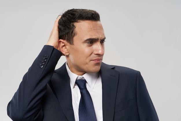 Homme D'affaires Costume émotions Photo Premium