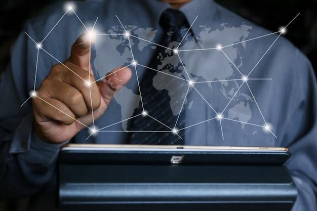 Homme d'affaires écrire réseau social Photo Premium