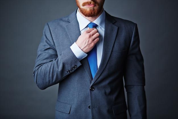 Homme d'affaires jeune adulte d'affaires d'affaires Photo Premium