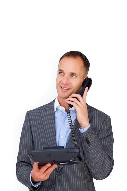 Homme d'affaires positif, parler au téléphone Photo Premium