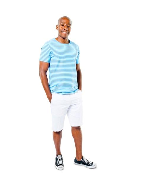 Homme africain décontracté confiant dans un fond blanc Photo gratuit