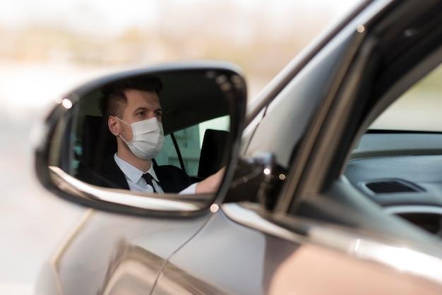 Homme, Dans, Miroir Voiture, à, Masque Photo gratuit