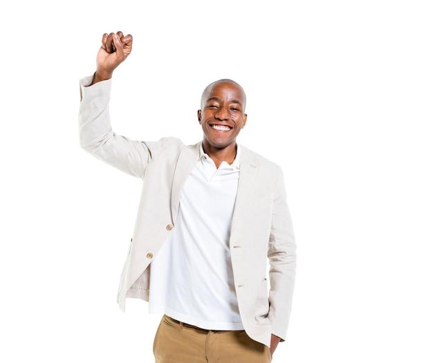 Un homme décontracté intelligent joyeux célébrant Photo gratuit