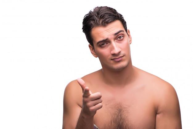 Homme drôle après la douche isolé sur blanc Photo Premium