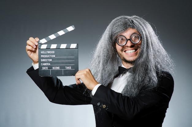 Homme drôle avec clins de film Photo Premium