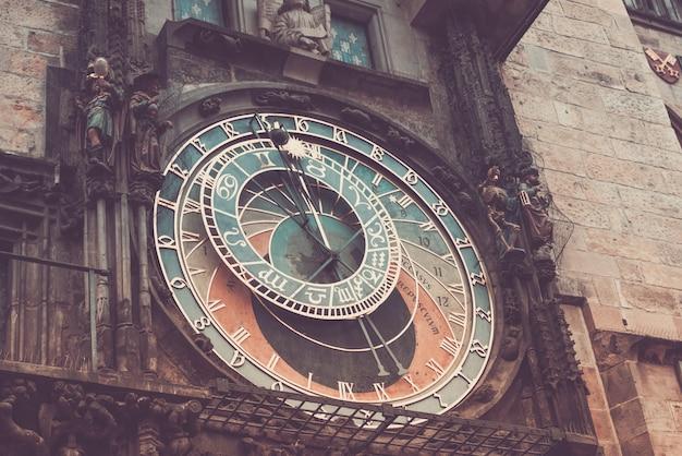 Horloge astronomique de prague Photo Premium