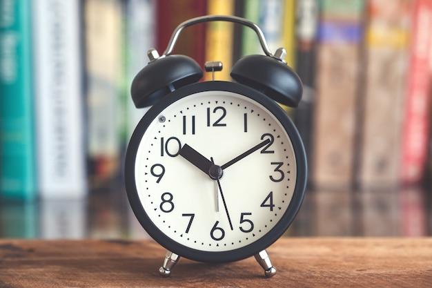 Horloge sur table Photo Premium