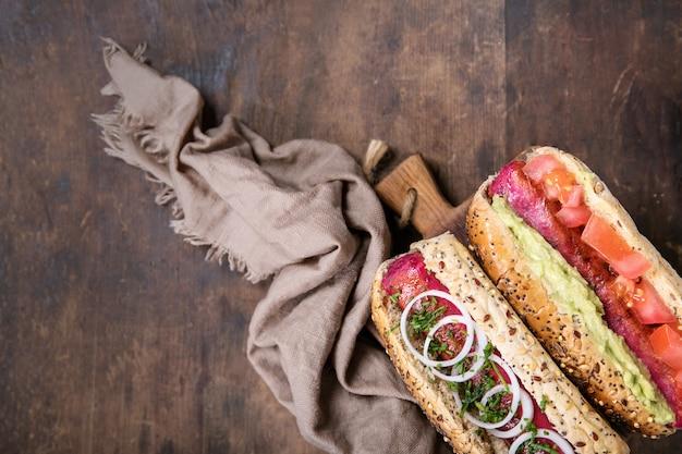 Hot dogs végétariens Photo Premium