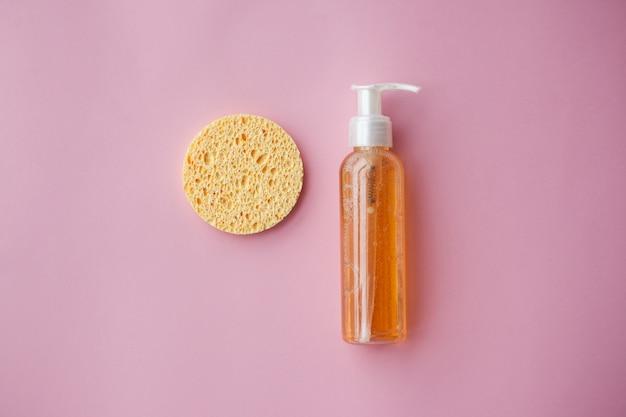 Huile démaquillante pour le visage ou gel nettoyant aux huiles. nettoyage de la peau, démaquillage Photo Premium