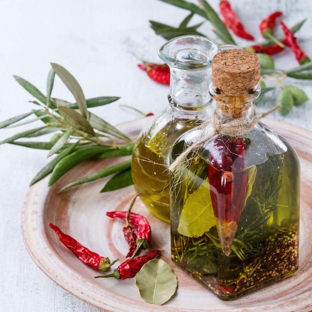 Huile D'olive épicée Photo Premium