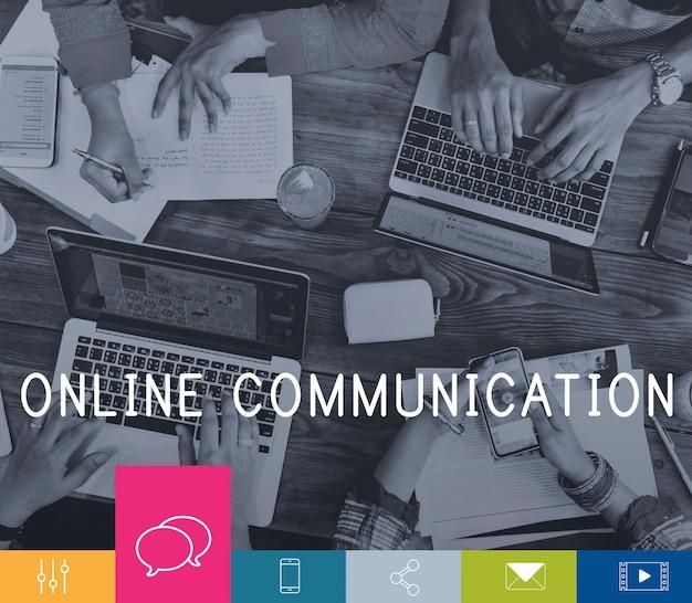 Icône de mise en réseau de connexion de communication en ligne Photo gratuit