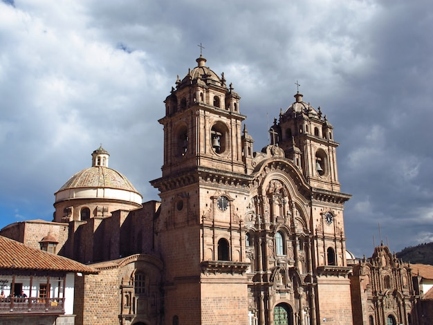 Iglesia De La Compania De Jesus, L'ancienne église De Cusco, Pérou Photo Premium