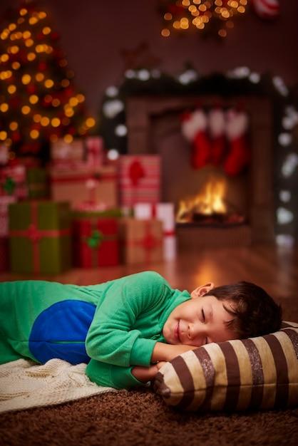 Il N'arrivait Pas à Attendre Le Père Noël Photo gratuit