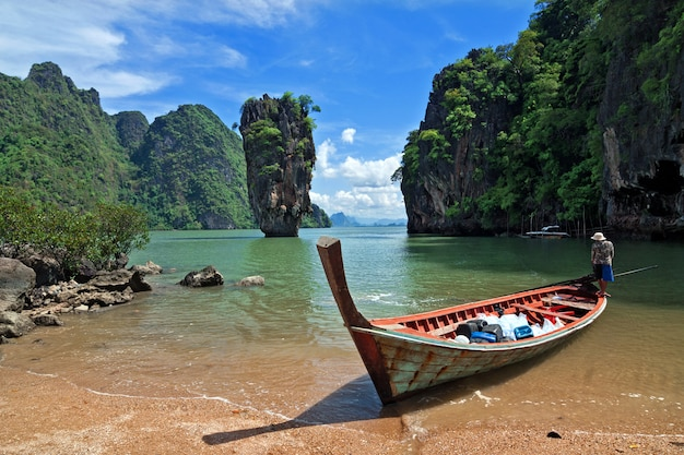 Île james bond, phang nga, thaïlande. Photo Premium