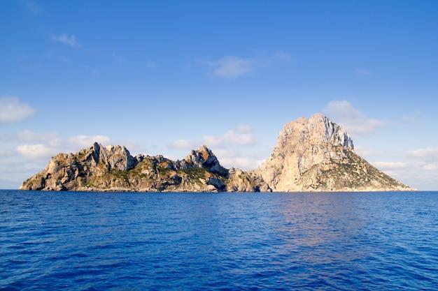 Îlot es vedra et îles vedranell mer bleue Photo Premium