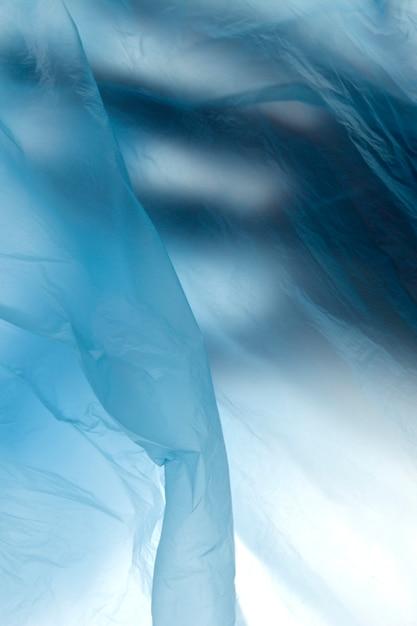 Image de la main dans un sac en plastique Photo Premium