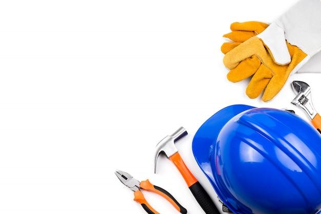 Ingénieur chapeau avec outil. Photo Premium
