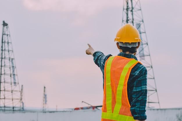 Ingénieur Construction Travailleur Contrôle Bâtiment Construction Immobilier Photo Premium