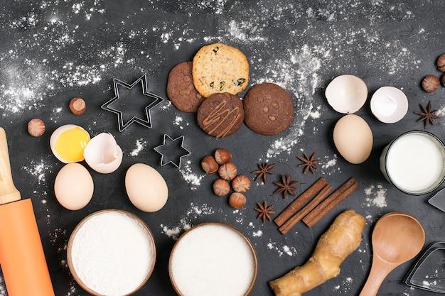 Ingrédient pour faire du pain d'épice Photo Premium