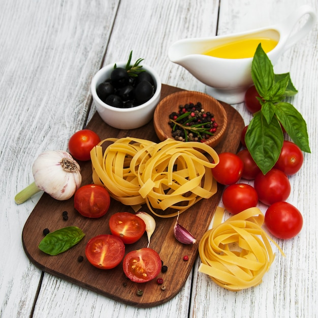 Ingrédients alimentaires italiens Photo Premium
