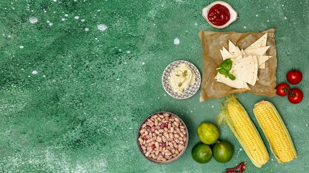 Ingrédients Colorés Non Cuits Pour La Cuisine Mexicaine Photo gratuit