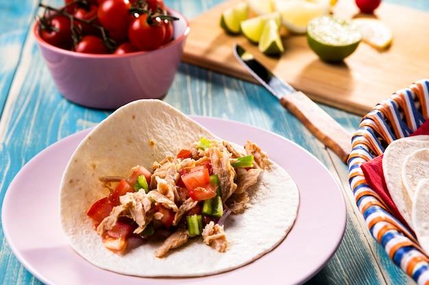 Ingrédients Délicieux De Tacos à Angle élevé Photo gratuit