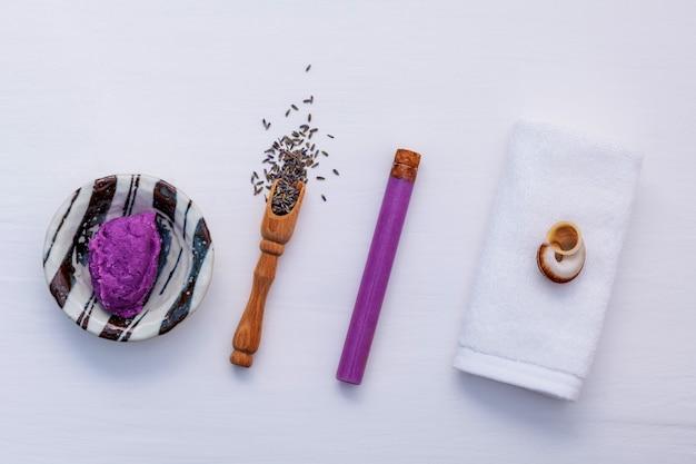 Ingrédients naturels pour les soins de la peau à base de plantes Photo Premium