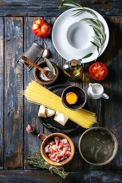 Ingrédients pour les pâtes Photo Premium