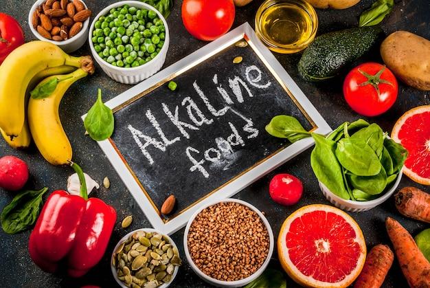 Ingrédients de régime alcalins Photo Premium