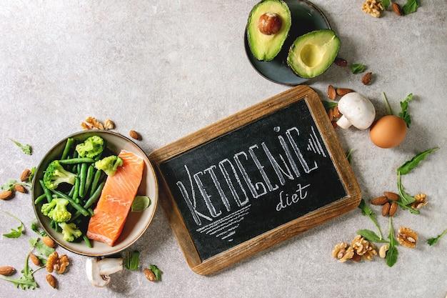 Ingrédients de régime cétogène Photo Premium