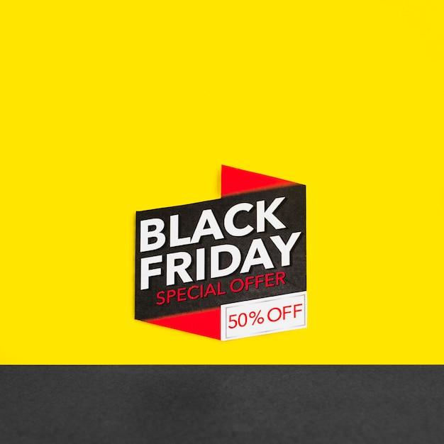 Inscription du vendredi noir sur fond jaune Photo gratuit