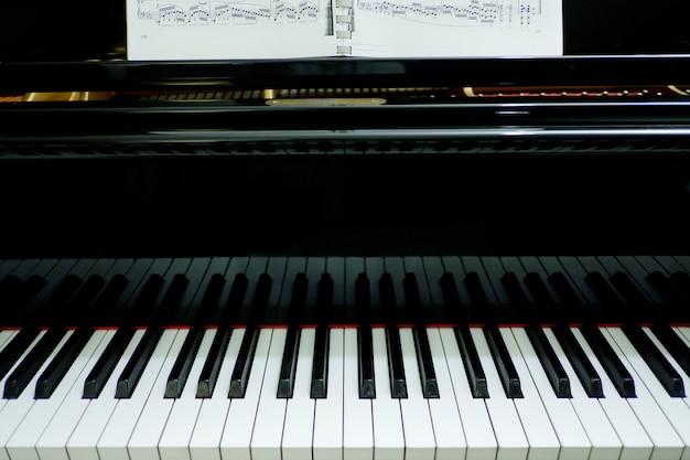 Instrument de musique piano Photo Premium