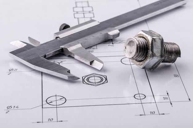 Instruments de mesure et de dessin et dessins anciens Photo Premium
