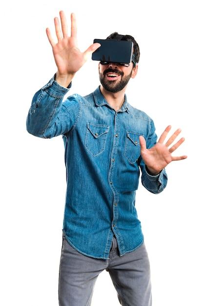 Interface tactile numérique à trois lunettes Photo gratuit