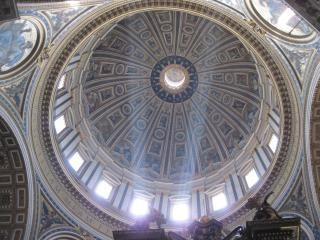 À l'intérieur de la basilique saint pierre à rome s Photo gratuit
