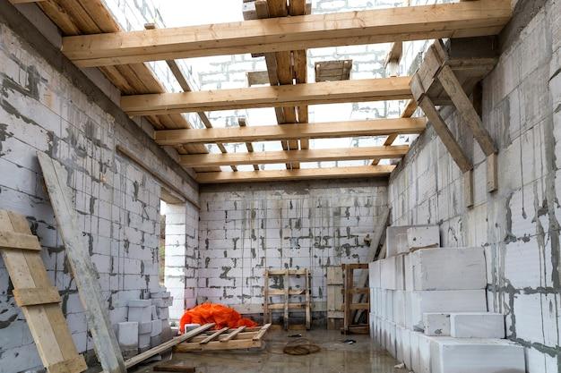 Intérieur De La Chambre En Construction Et Rénovation. Photo Premium