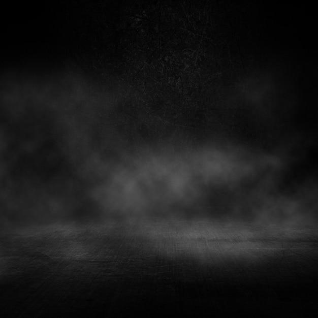 Intérieur Sombre Grunge Avec Atmosphère Enfumée Photo gratuit